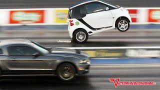 Download WHEELSTANDING ″BLOWN″ SMART CAR OUTRUNS MUSTANGS!! Video