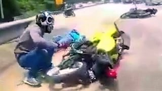 Download Very Fast Motorcycle Ride that goes out of hand... Video