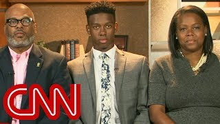 Download Black students falsely accused of dine and dash Video
