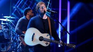 Download Ed Sheeran Performs 'Shape of You'! Video