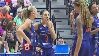 Download Diana Taurasi gets married Video