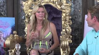 Download Front Porch Chat, Jacqueline Siegel - ″The Queen of Versailles″ Video