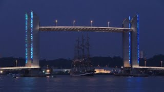 Download Tall-ship gathering for 20th wine festival in Bordeaux Video