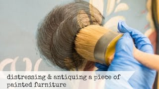 Download distressing & antiquing painted furniture   miss mustard seed's milk paint Video