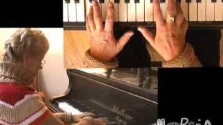 Download ZongoraÓra, II. rész - Két kéz függetlenítése, skálagyakorlatok Video