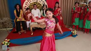 Download Cute Girls Dance : wedding Art Video