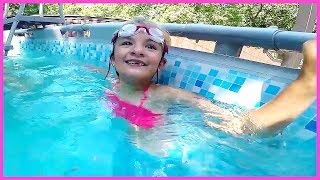 Download LITTLE MERMAID SPOTTED IN POOL!! Video