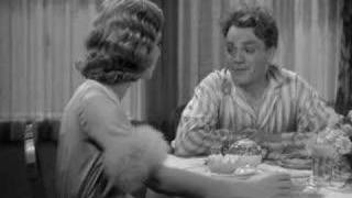 Download James Cagney smashes a grapefruit into Mae Clarke's face Video