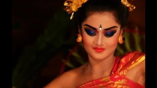 Download Balinese Legong Dance - Ubud, Bali Video