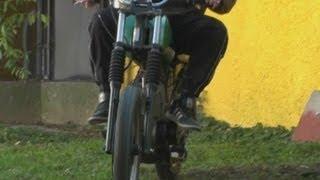 Download ETZ 125 motorkerékpár tesztje - xmotor.hu motorbontó Video