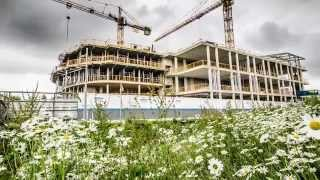 Download Topping out at the University of Cambridge CEB facility Video