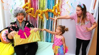 Download Greedy Granny Surprise Birthday PARTY!! Cute & Funny Kids Pretend Play with toys Video
