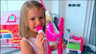 Download Katy play with ice cream shop and gilr make up toys Video
