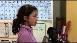 Download Sur le chemin de l'école de la non violence - Bande Annonce Video