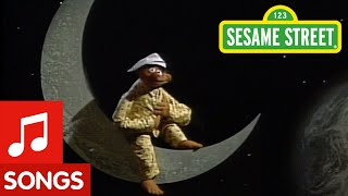 Download Sesame Street: I Don't Want to Live on the Moon Video
