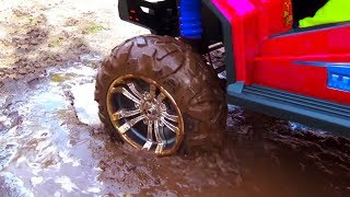 Download BABY accident Stuck in the mud TOWING Ride on POWER WHEEL QUAD BIKE and Tractor Video