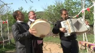 Download Jonus Dervishi & Gazi Shitit & Resmi Blliku - Vallja e Rruges Video