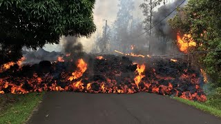 Download Lava continues to swallow up homes in Hawaii Video