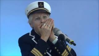 Download LAPALOMA die Kapitänin der Mundharmonika - Bühne HanseLife Messe Bremen Video