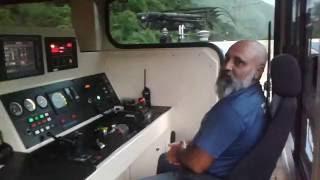 Download Trem da Mrs, operação de descida no sistema cremalheira da Mrs em Paranapiaca. Video