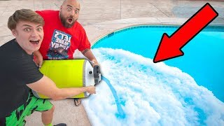 Download POURING LIQUID NITROGEN IN POOL!! Video