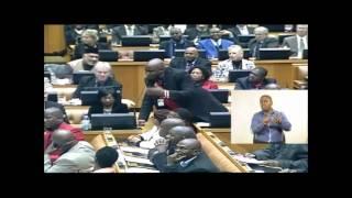 Download Lindiwe Sisulu gives DA a tongue-lashing Video