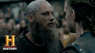 Download Vikings: Ragnar Challenges His Death (Season 4, Episode 10) | History Video