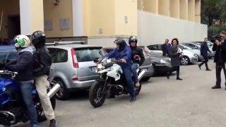 Download Salerno: gli uomini dei Falchi della Polizia in azione in città Video
