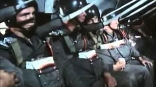 Download NVA Fallschirmjäger in Aktion / East German Paratroopers in action Video