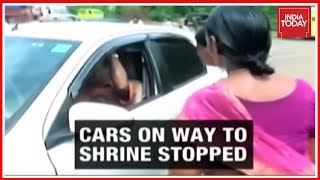 Download Kerala Police Giving Free Hand To Sabarimala Protestors Conducting Roadchecks? Video