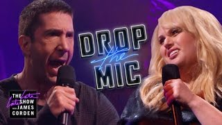 Download Drop the Mic v. David Schwimmer and Rebel Wilson Video