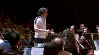 Download Gustavo Dudamel conducts a rehearsal with the UC Berkeley Symphony Orchestra Video