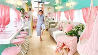 Download Bug Incredible School Bus Converted into Barbie Style Tiny House! Video