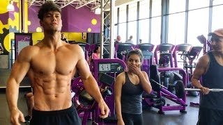Download Connor Murphy Trains at Planet Fitness Video