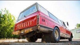 Download Farm truck vs 1000hp CORVETTE Video