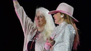 Download Lady Gaga Brings Mom On Stage & ″Million Reasons″ Live @ Joanne World Tour: San Francisco 8/13/17 Video