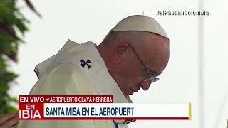 Download ¡Genial! Así cantó 'Señor, ten piedad' el coro Musicreando durante misa del papa en Medellín Video