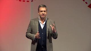 Download Jornalismo Conhecimento Competência e Criatividade   Carlos Daniel   TEDxMatosinhos Video