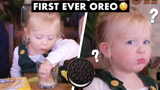 Download British 2 Year-Old Tries OREOS for the First Time!! Video