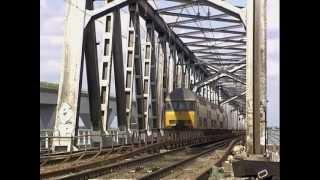 Download Renovatie Moerdijkbrug 2003 (ProRail) Video