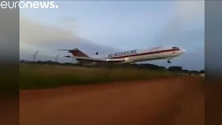Download Cargo plane crashes just after takeoff, Colombia Video