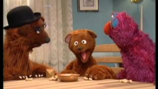 Download Baby Bear and Telly Play Dreidel Video