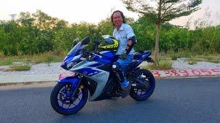 Download Gymkhana: R3 của Yamaha 320cc gì mà chạy quá chậm, quá chán luôn. Ha ha... Video