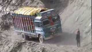 Download LEH LADAKH, INDIA, MUST WATCH SKILL FULL DRIVING IN ZOJILA PASS, VIDEO BY PRASHANT OAK, NAGPUR Video