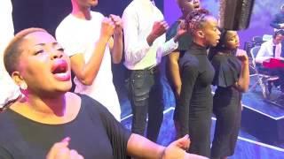 Download Sipho Ngwenya feat Thinah Zungu - Jesu fik'ekuseni Video