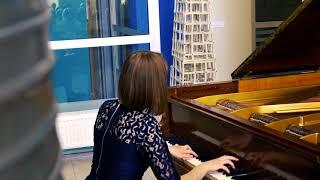 Download Mildos Daunoraitės atliekamas fortepijono muzikos koncerto fragmentas Video