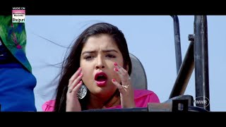 Download Dinesh Lal Yadav & Aamrapali Dubey - Bil Ke Peechhe Pad Gayila Video
