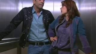 Download 1 Kadın 1 Erkek    Unutulmaz asansör sahnesi Video