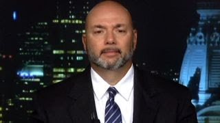 Download Former Secret Service agent: Why video of Clinton scares me Video