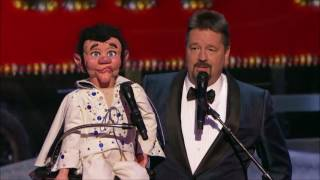 Download Terry Fator Performs Elvis LIVE Christmas Special | America's Got Talent Holiday Show 2016 Video